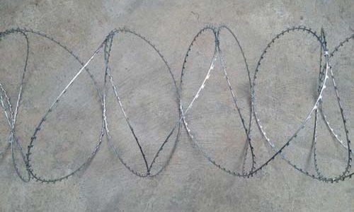 kontos-wires-corfu-fencing-surma-konsertina
